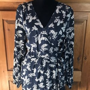 Beautiful Faux Wrap Dress! Navy and White NWT